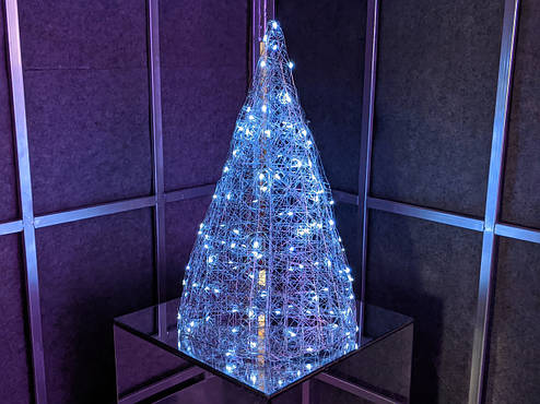 Елка металлическая с гирляндой, железная, лофт, loft, питание от батареек, 100 LED, 45 см., настольная., фото 2