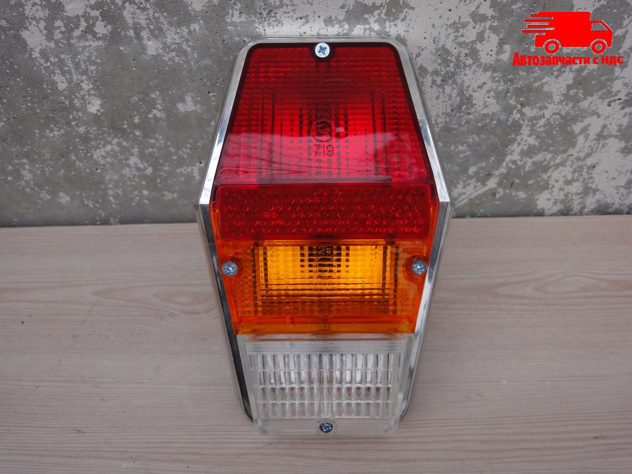 Фонарь ГАЗ-24 задний без ламп (горбатый) (Россия) 120.3716-300