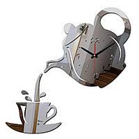 Настенные часы на кухню с зеркальным 3Д эффектом - Чайник