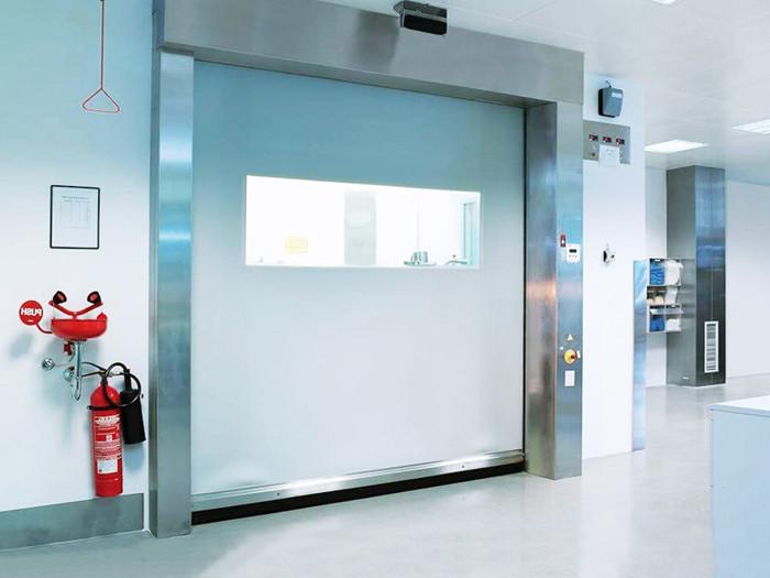 Скоростные ПВХ ворота DoorHan для морозильных камер серии SpeedRoll SDC