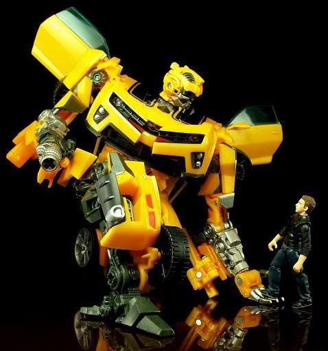 Трансформер Бамблби и Сэм Уитвики - Bumblebee&Sam Witwicky, TF2, Human Alliance, 20CM, фото 1