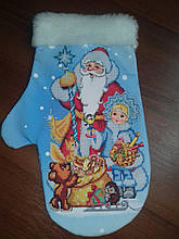 Сшитая новогодняя варежка Дед Мороз и Снегурочка (3)