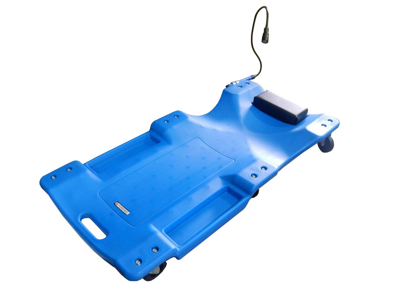 Лежак для автослесаря пластиковый на 6-ти колесах с фонарем на гибком удлинителе 40''(1050х490х95мм)