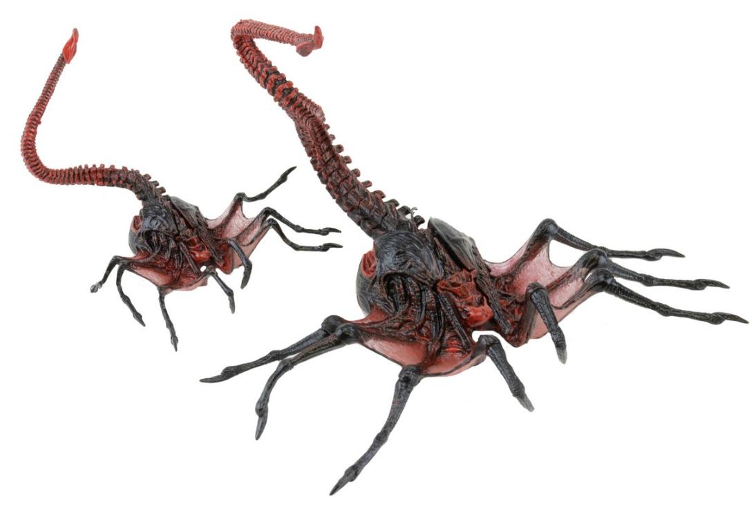 Фигурка Neca Чужой Королева Лицехватов, 10 см - Aliens, Queen Face Hugger and Beta Queen Hugger