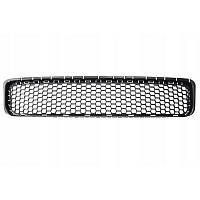Решетка в бампер Volkswagen Touareg 07-09 средняя 7L6853678F 9B9 Код: 3710633