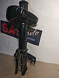 Амортизатор передний правый Honda CR-V 06-11 Хонда СР-В Nipparts, фото 2