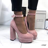 Женские туфли на каблуке 37,39,40 размер