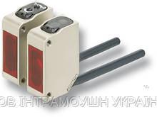 Фотоелектричний датчик Omron E3ZM