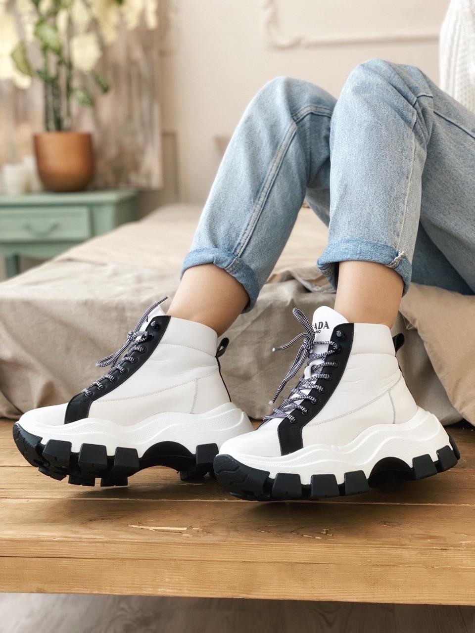 Кросівки Prada Milano Sneakers Block White Black (Кросівки Прада Мілано)