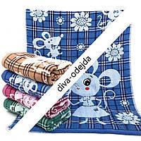 Банное полотенце с принтом мышки и цветочки.Размер:1,4 x 0,7