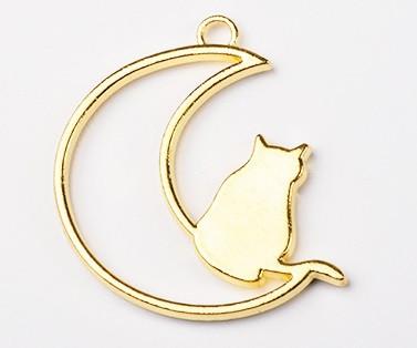 Форма (рамка, подвеска) для эпоксидной смолы, Месяц и кот