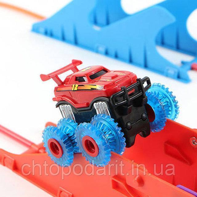 Машинка монстр-траки Trix Trux (3 детали)  Код 10-2105