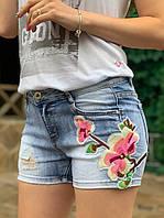 Женские джинсовые шорты на лето с цветами tez3311250