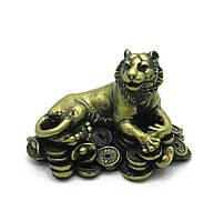 Тигр каменная крошка желтый (12х8х8 см)