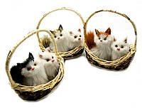 Кошки в лукошке (мяукают)(15х13х9 см)