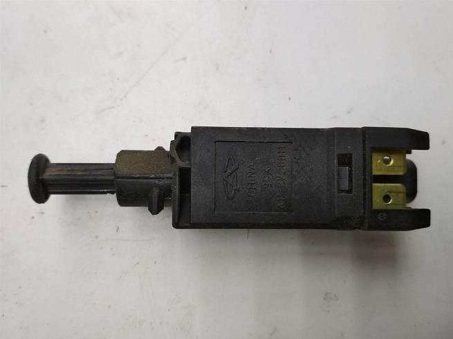 Датчик стоп-сигнала Chery Amulet/A11/A15