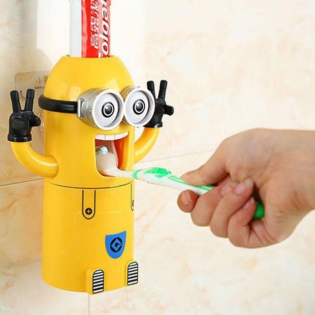 Яскравий Автоматичний дитячий дозатор зубної пасти Міньйон. Краща Ціна!