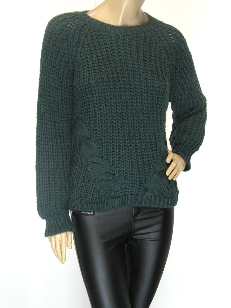 Жіночий в'язаний светр смарагдового кольору