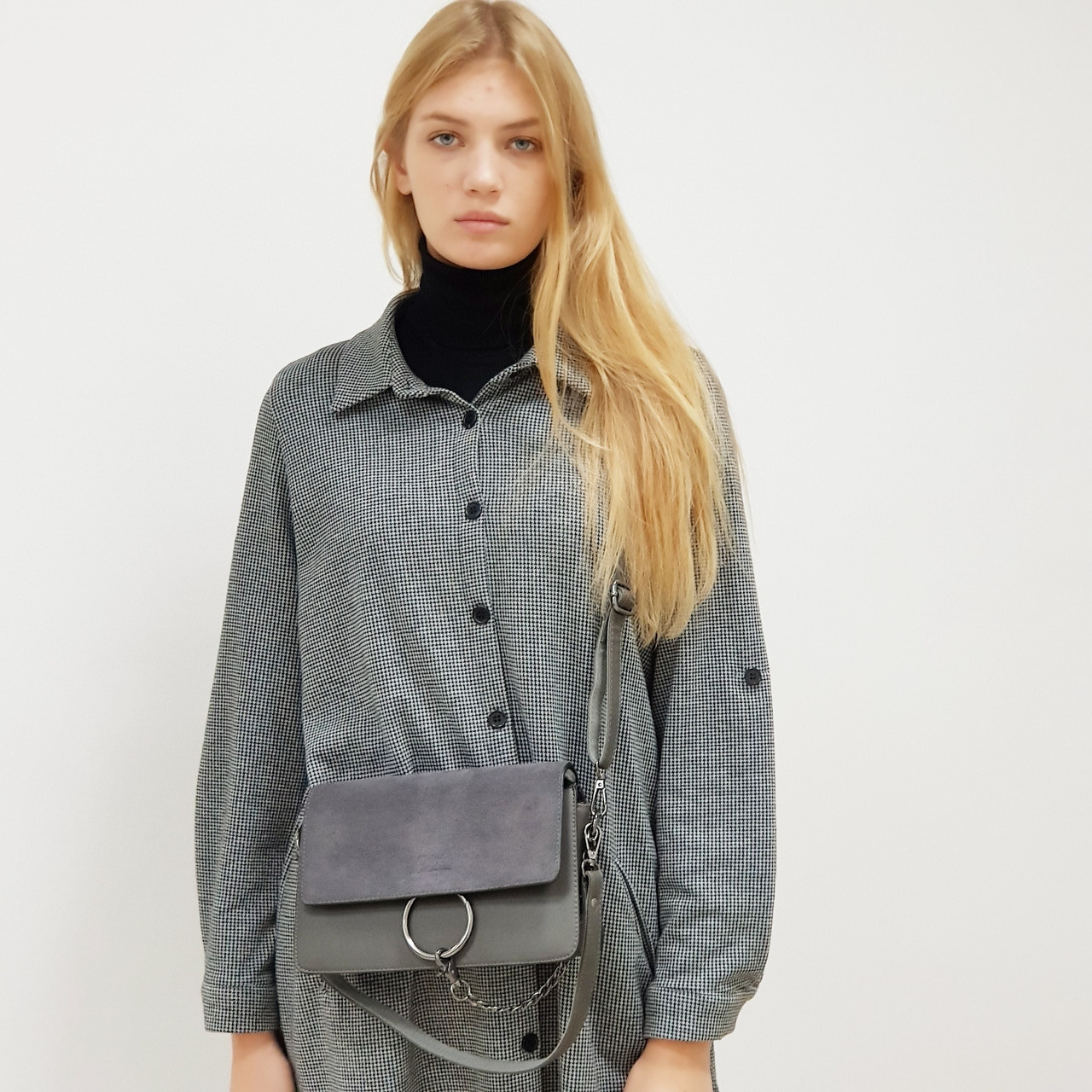 Маленькая сумка - клатч женский замшевый серый 0271-208