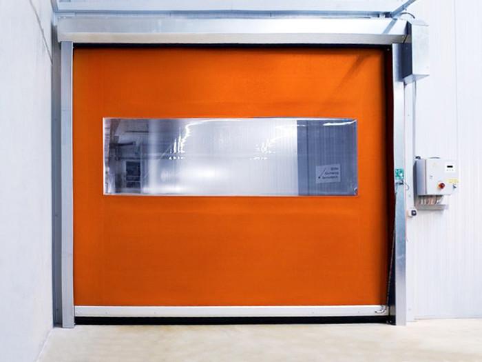 ПВХ ворота DoorHan SpeedRoll SDC скоростного типа для морозильных камер