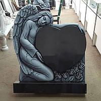 Памятник  Ангел с сердцем 3