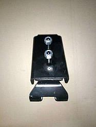 Подушка двигуна Е3 права (з кронштейном) IVECO (LE1289.20/500342992)