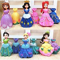 Набор кукол с платьями Принцессы Диснея 6 кукол и 12 платьев.