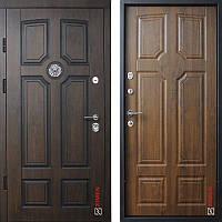 Дверь входная металлическая ZIMEN Leon Pt VINORIT l Дуб темный  l Optima Plus