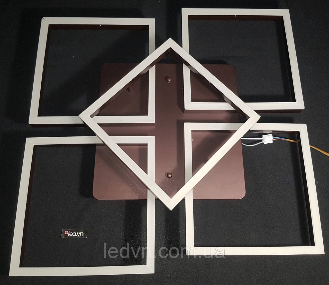 Світлодіодна led люстра 4+1 квадрат коричнева 165 ватт