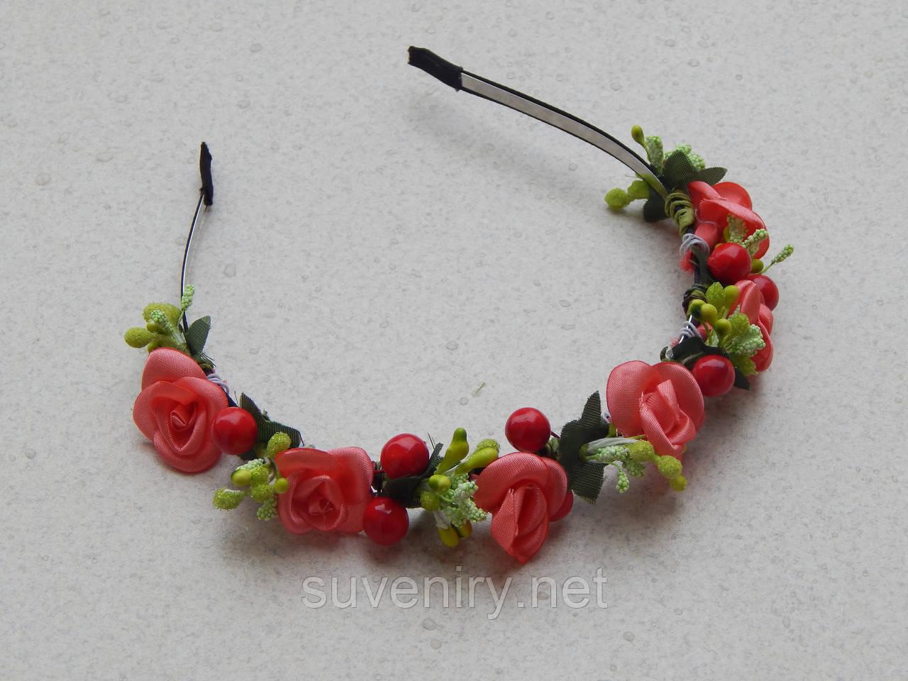Обруч віночок з червоними трояндами