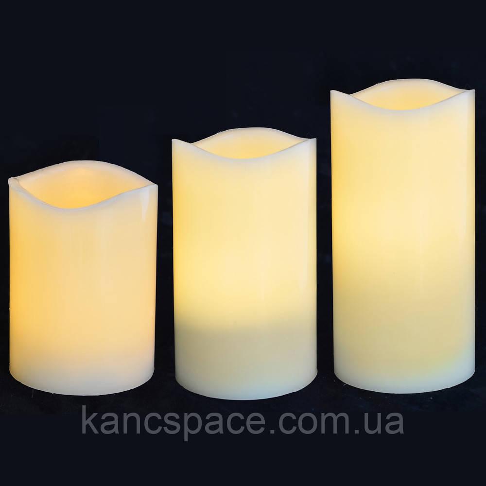 Набір свічок Yes! Fun пласт. LED 3 шт. (7.5 * 10см, 7.5 * 12.5см, 7.5 * 15см), для вулиці