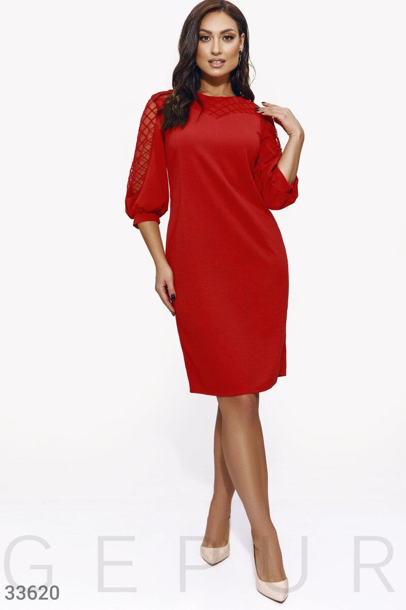 Нарядное платье по колено большого размера красное