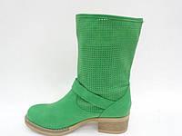 Модные зеленые женские осенние полусапожки