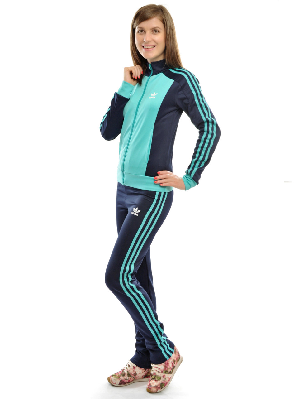 Купить спортивный костюм женский доставка