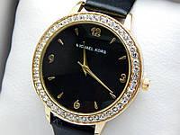Женские кварцевые наручные часы Michael Kors (Майкл Корс) на кожаном ремешке, стразы, золотые с черным, CW480