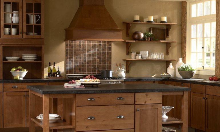 Деревянные фасады на кухню с индивидуальным дизайн-проектом