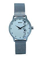 Часы женские на миланском браслете
