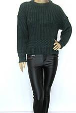 Жіночий в'язаний  короткий светр смарагдового кольору, фото 2