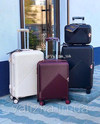Комплект чемоданов из поликарбоната премиум серии 3 штуки малый, средний, большой + бьюти кейс черный, фото 2
