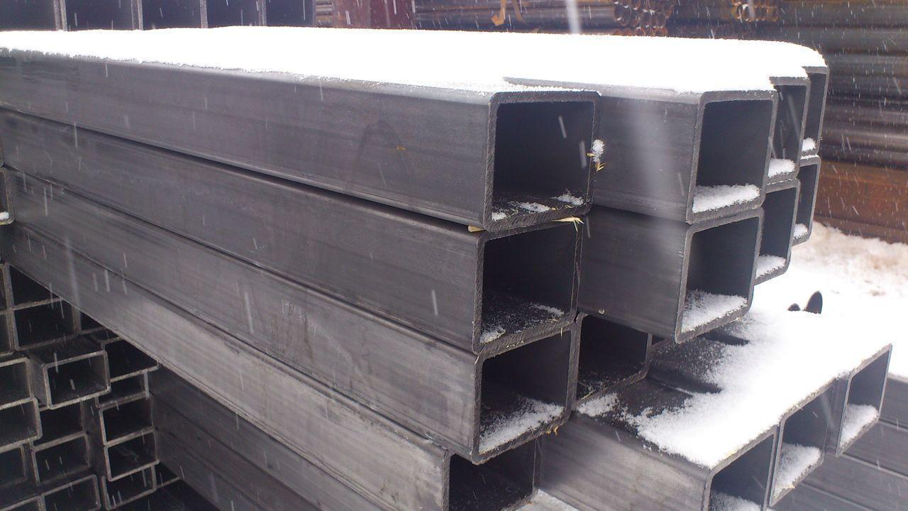 Труба профильная бесшовная сталь ст 20, 140х100х6 мм горячекатанная
