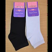 Шкарпетки жіночі бавовняні однотонні середні арт.204 р.35-37,37-39 в кольорах