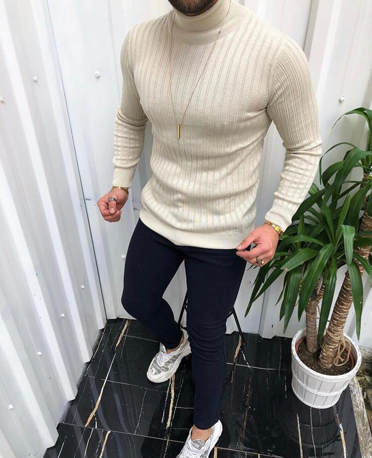 Мужской свитер молочный 2433