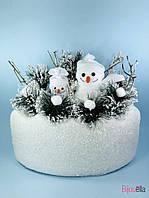 Декоративный новогодний снеговик в сугробе настольный декор
