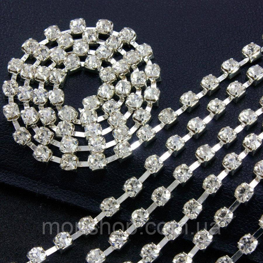 Стразовая цепь 50 см Цвет оправы - серебро, цвет камней - белый