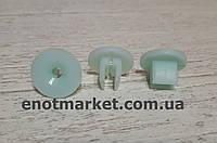 Кріплення вставка П-образна (D 4 mm) моторного відсіку Ford. ОЕМ: 6150260, 6649923, фото 1