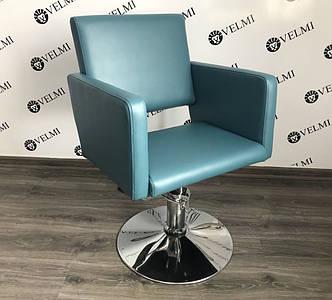 Парикмахерское кресло квадратной формы с мягкими подлокотниками для клиентов салона красоты  Kira