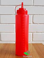 Бутылка с носиком красная, 600 мл (соусник, диспенсер, дозатор)