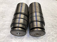Комплект осей вертикального шарнира со втулками 151.30.137-1 полурамы,тракторов Т-150,Т-156,Т-17221