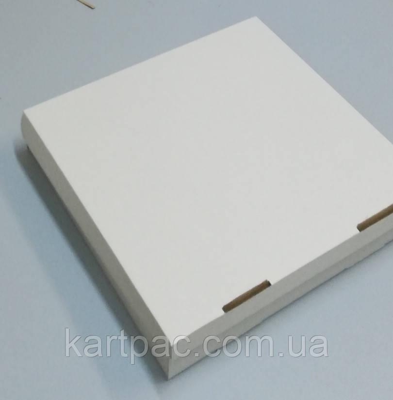 Коробка для пирога 300*300*110 (23)