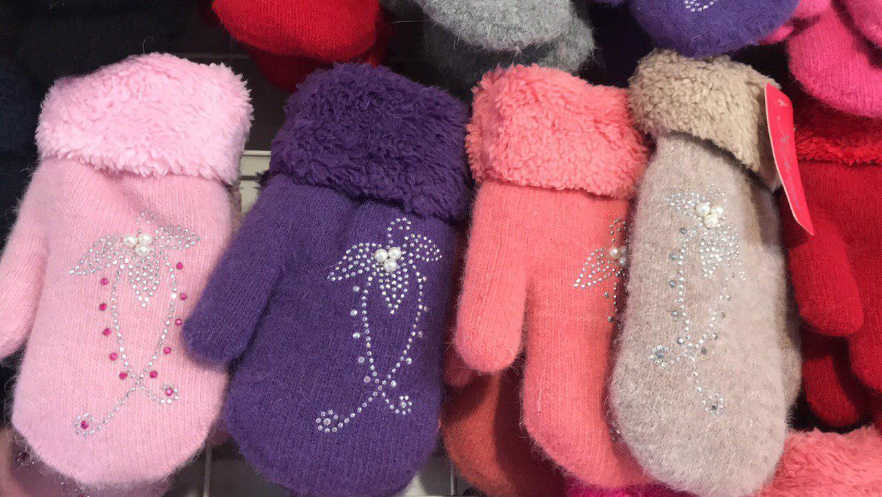 """Рукавиці """"Корона"""" для дівчаток від 8-12 років різні кольори 12 пар в упаковці"""